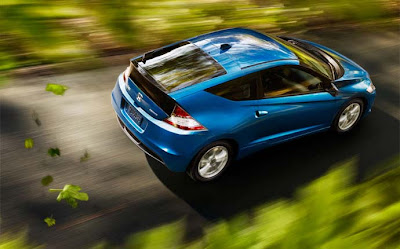 2011 Honda CR-Z blue moving