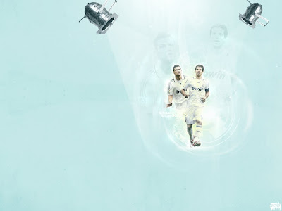 Cristiano Ronaldo and Kaka Best Wallpaper