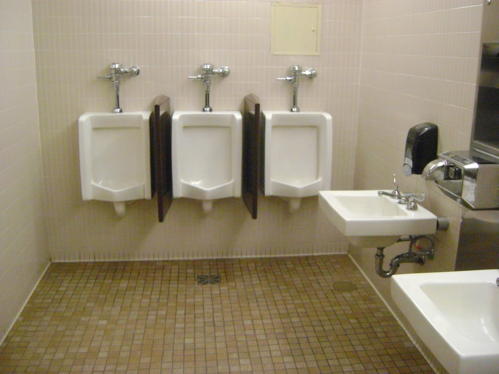 Mount Wachusett Community College By Using This Bathroom You 39 Ve