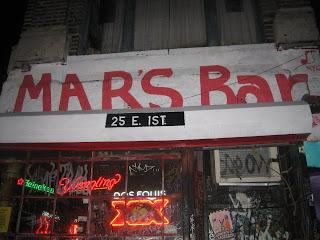 http://2.bp.blogspot.com/_z6QNg8oZ7O8/SXFXpaYlXUI/AAAAAAAACHI/IeE2Yj-gNvk/s320/Mars+Bar+pic.jpg