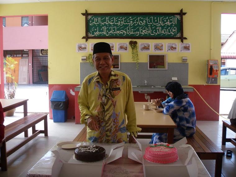 Pengetua SABK MIA : Tuan Haji Mohd Basri B. Haji Zamzam