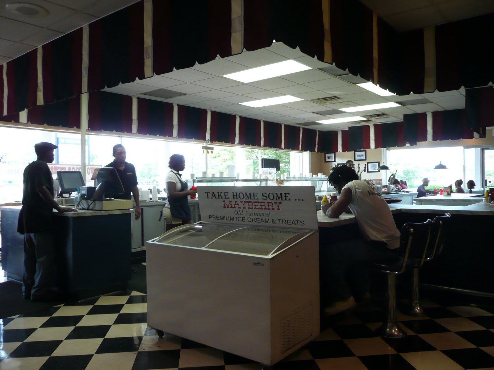 pig out spots mayberry ice cream restaurant lexington nc