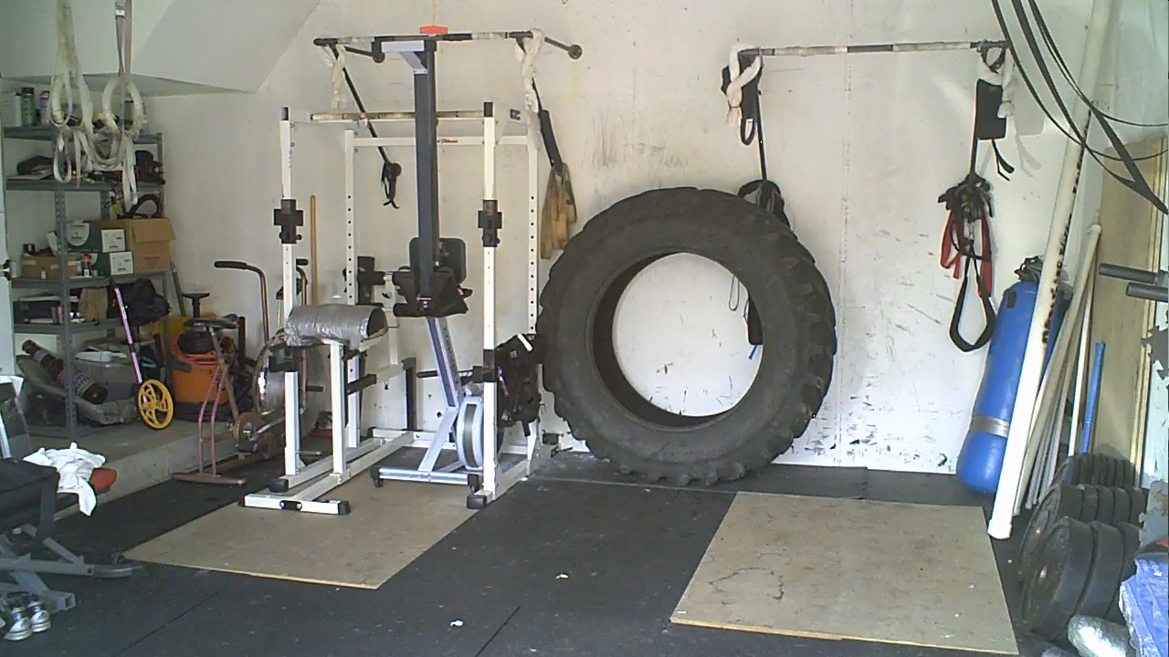 Elgin garage gym: sunday august 8: airdyne and tire