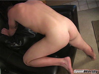 hung guy wanking