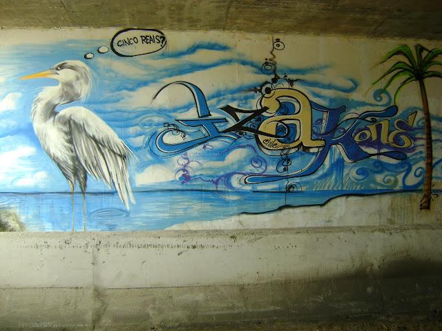 graffiti de izak en florianopolis, brasil