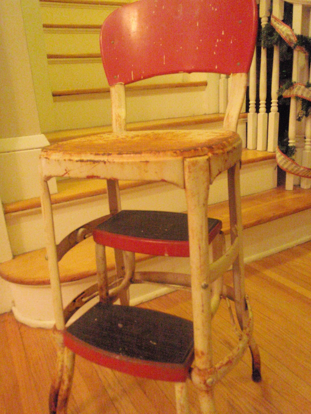Antique metal high chair - Here S A Gratuitous Close Up Of Just How Badly Rusted It Is Don T Worry I Recently Had A Tetanus Booster Ha
