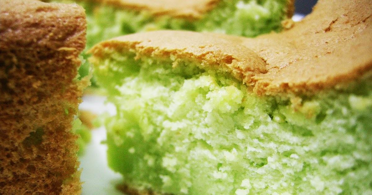 Egg Yolks Sponge Cake Texture