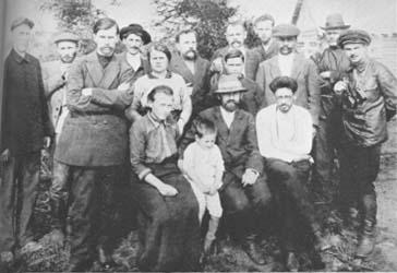 """""""Los líderes bolcheviques a comienzos de 1917"""" - publicado en el blog """"La Revolución bolchevique 1917"""" Stalin,+Kamenev+y+Sverdlov+en+Siberia+-+1915"""