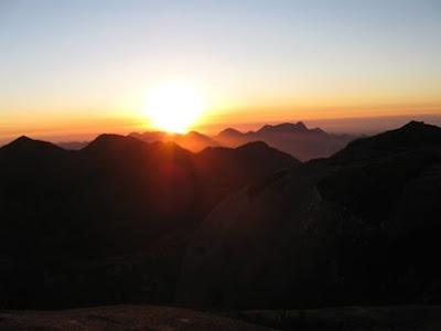 nascer-do-sol-serra-dos-orgaos