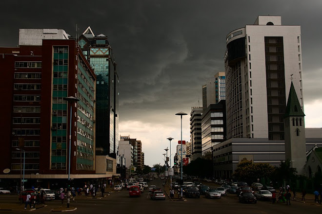 City center of Harare, Zimbabwe © Matt Prater