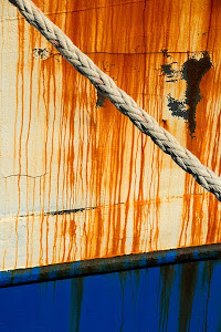 Rope and rust on boat, Hout Bay, South Africa © Matt Prater