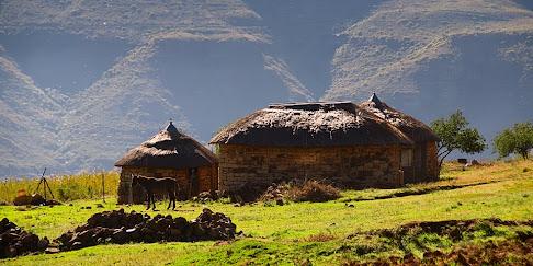 Huts in Malealea, Lesotho © Matt Prater