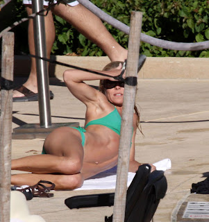kelly ripa swimsuit galleries
