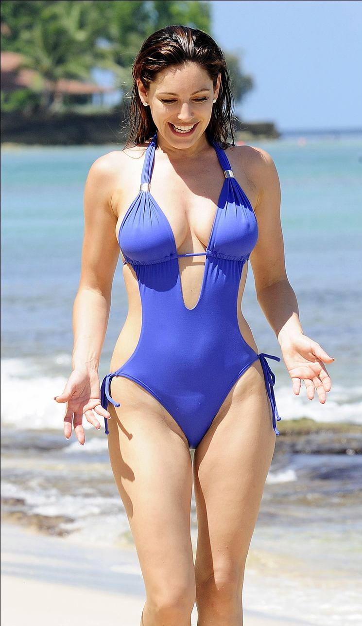 Kelly brook bikini candid