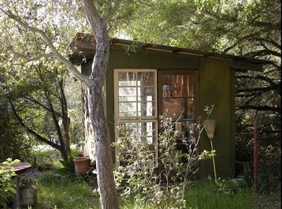 Pinkpagodastudio architect jeff shelton 39 s very cool for Very small garden sheds