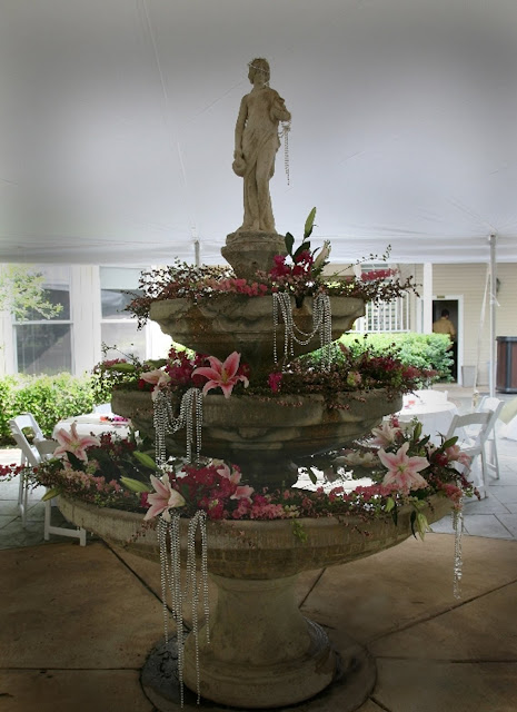 The Blooming Bride, DFW, Fort Worth, Texas, Wedding Flowers, Sanford House, Wedding Fountain
