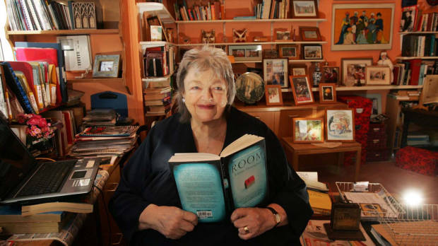 Author Maeve Binchy Dies Aged 72