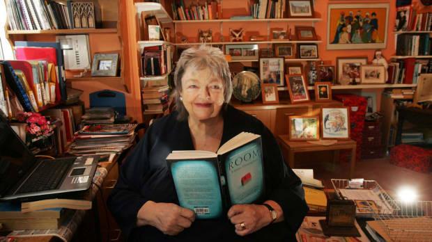 Author Maeve Binchy Dies Aged 72