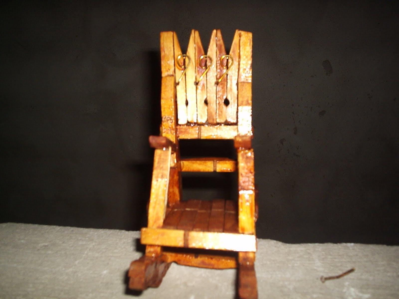 [cadeira+gatakirri+pregado+no+s  ]