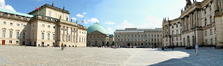 Bebelplatz looking South Berlín. La transformación de una ciudad