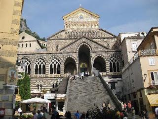 cathedral Costa Amalfitana: acantilados y pueblos de ensueño