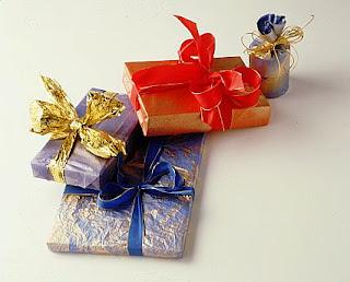 Cadouri speciale: Cum impachetezi un cadou?