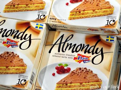 Almondy Daim Chocolate Cake