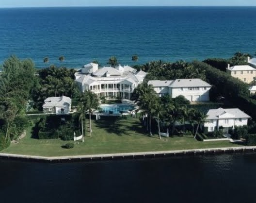 Celebrity Homes Lord Conrad Black 39 S Stolen Palm Beach Mansion For