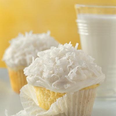 basic-white-cupcakes-l.jpg