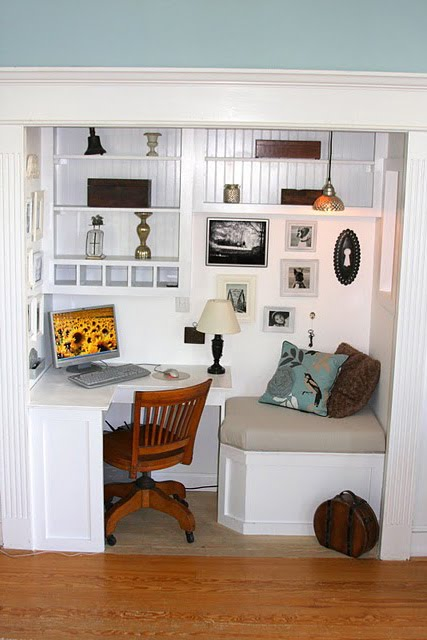 remodelaholic | from closet to office nook; guest