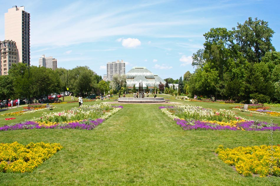 Lincoln Park Conservatory And Formal Garden