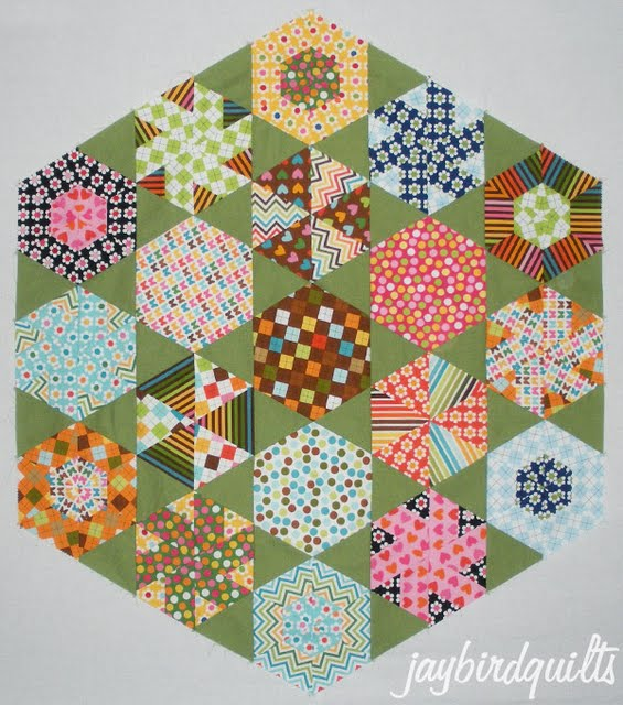 hexagon quilt along... finishing directions | Jaybird Quilts : finishing a hexagon quilt - Adamdwight.com