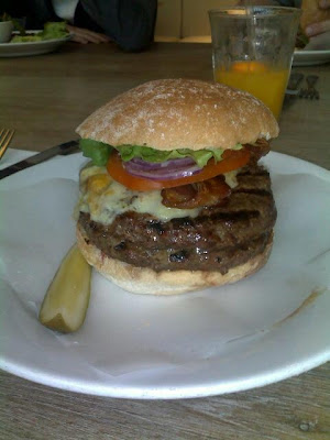 Double Byron burger