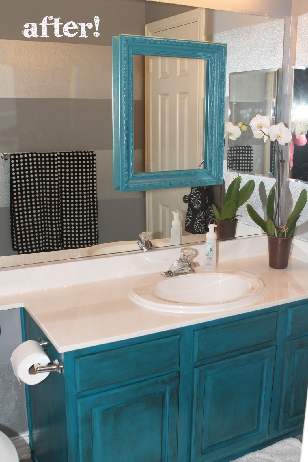 Antes y despu s de pintar el mueble de turquesa - Pintar mueble bano ...