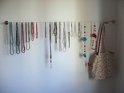 Hilo de acero para colgar collares - Como colgar collares ...