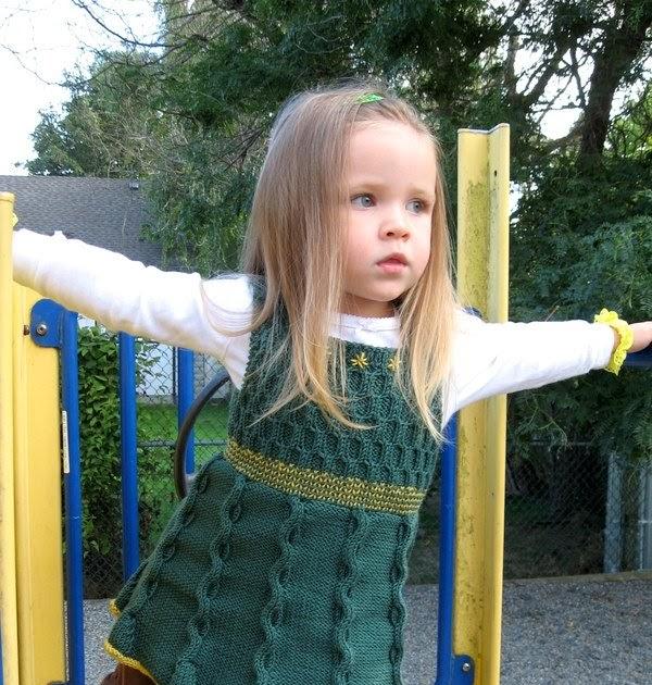 Вязаные туники для девочек своими руками