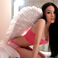 cewek amoy china seksi Hot Zhang Xin Yu with Mini Tube Dress, HotPants and wings