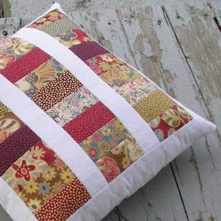 Quilt Patterns Pillowcases : Quiltsy: Quilted Pillow by QuiltFinger