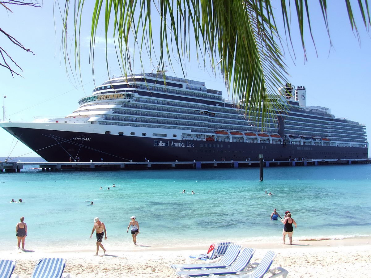 About Holland America Line