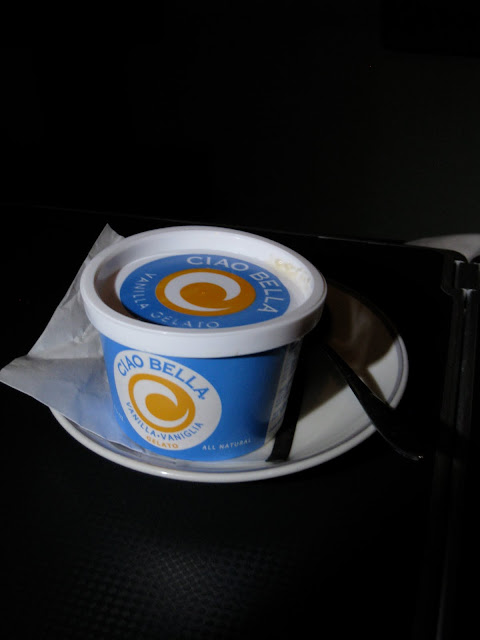Trip report: Japan Airlines Business Class snack - CIAO BELLA GELATO Vanila Ice Cream on JL061