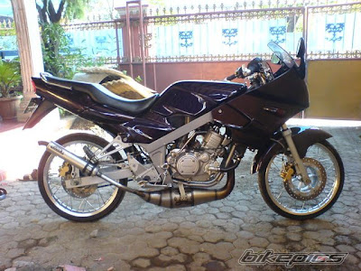 Modifikasi+Motor+Kawasaki+Ninja Modifikasi Motor Ninja 150 R Ceper Black Firing Sportbike