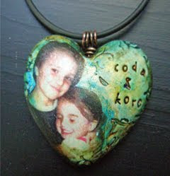 custom personalized heart pendant