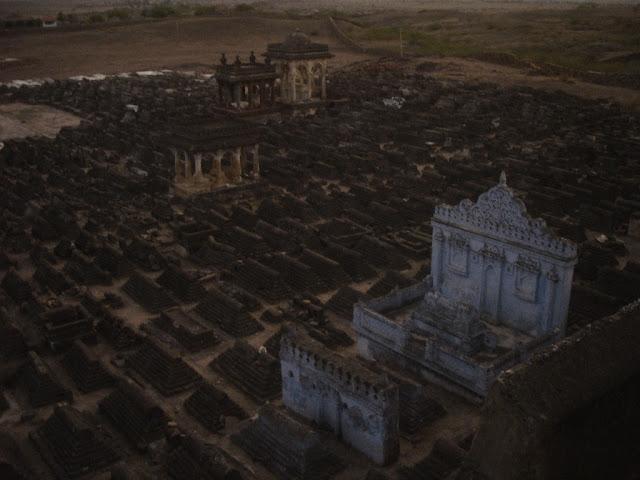 kera kutch gujarat dargah graveyard