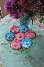 HenHouse Cakes