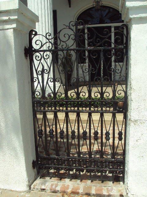 Antique art garden wrought iron gates of