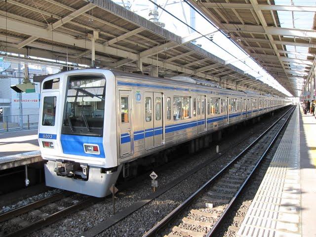 東京メトロ有楽町線 各停 和光市行き3 西武6000系