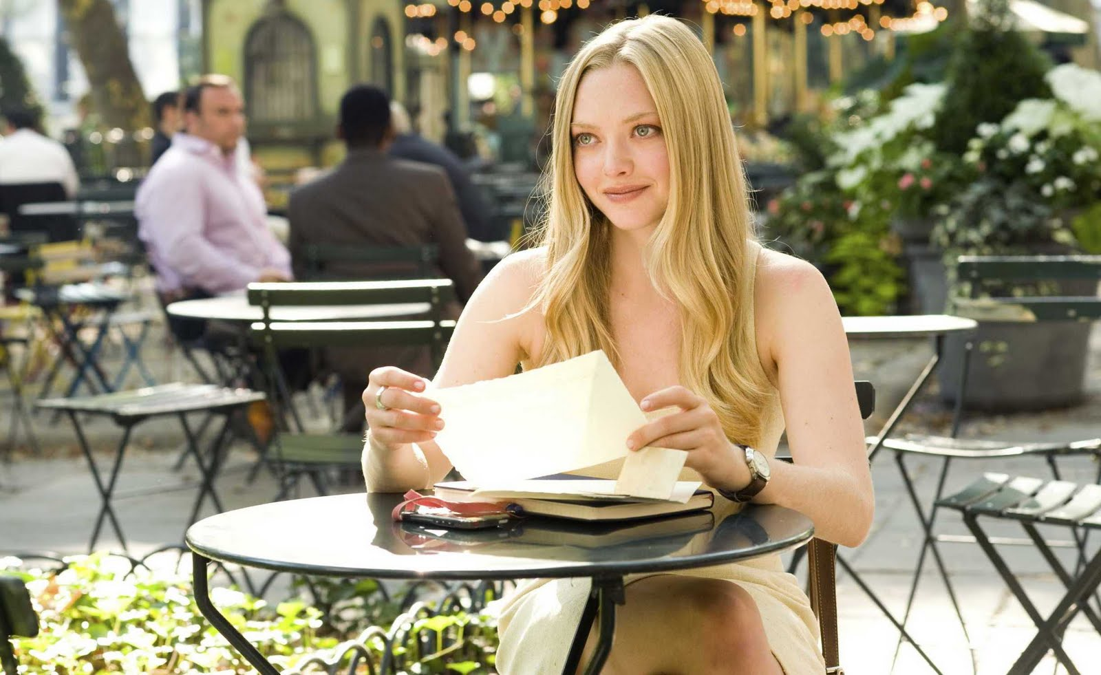 A2Z Downloads: Letters to Juliet (2010) Hollywood Movie Free Download