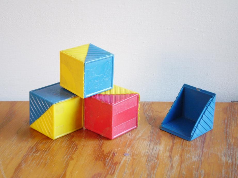 Suta el blog algunos juguetes de mi infancia 1985 1995 for Juguetes de plastico