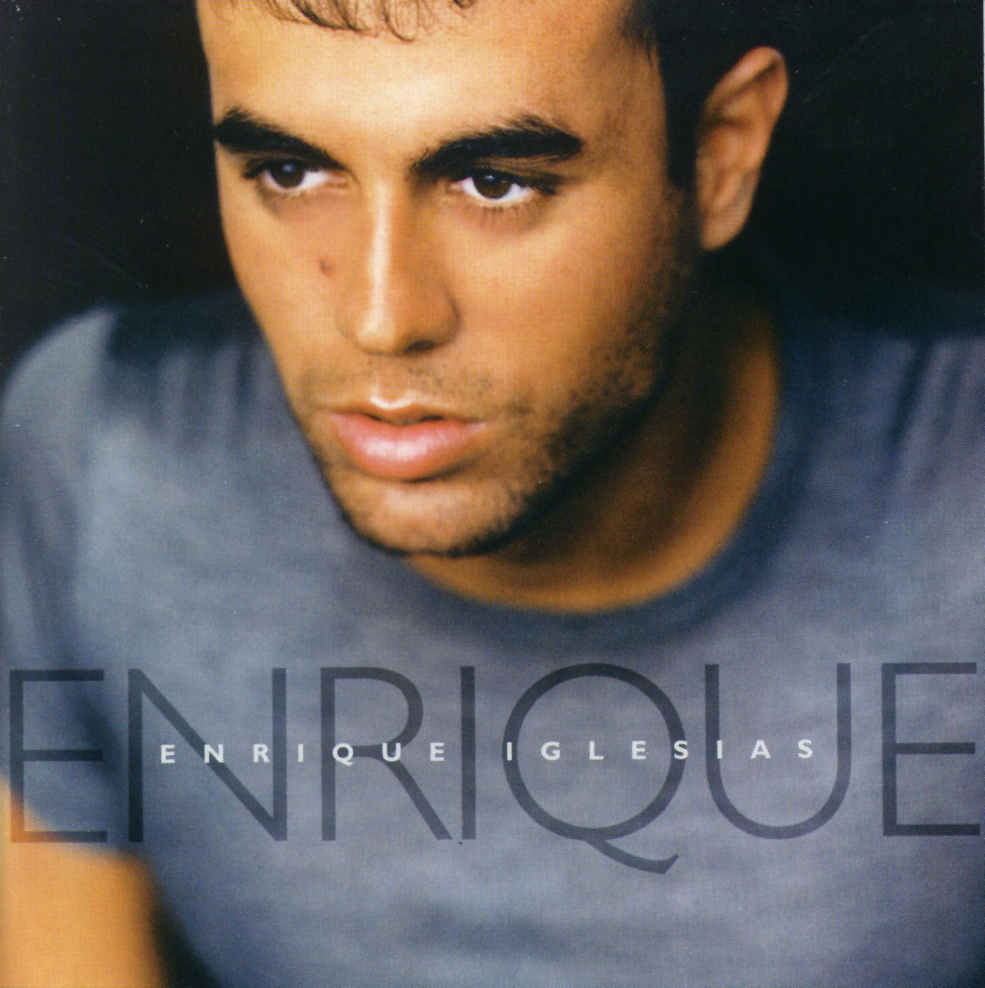 http://2.bp.blogspot.com/_zZrk_4LHcDM/TKBgXfTGsYI/AAAAAAAAATA/jxE-8v7jDhA/s1600/Enrique+Iglesias.jpg