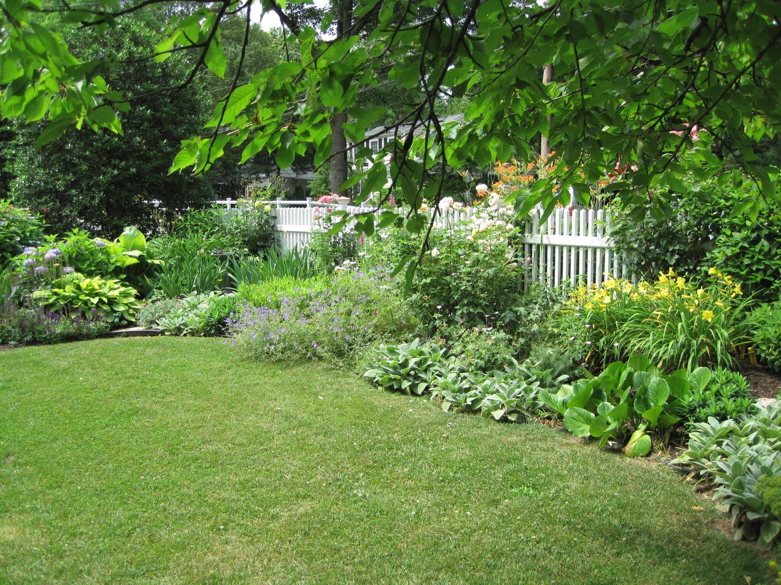 My Gardening Notes Trains Gardens And Hostas